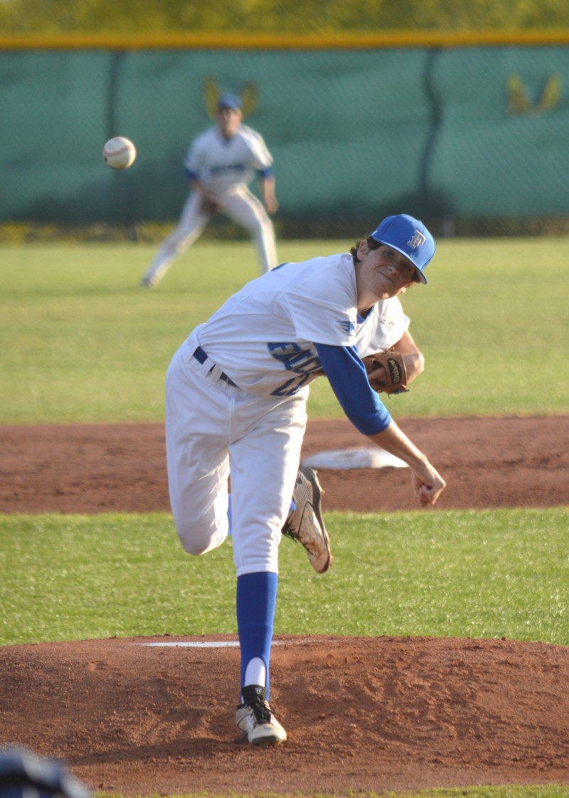 Catalina Foothills making playoff run, defeats Mountain View 10-0