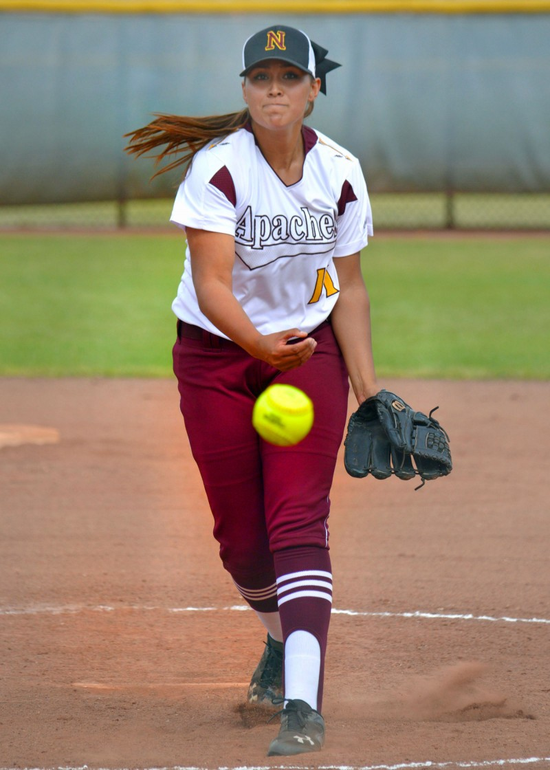 Softball playoffs: 15 local teams to second round
