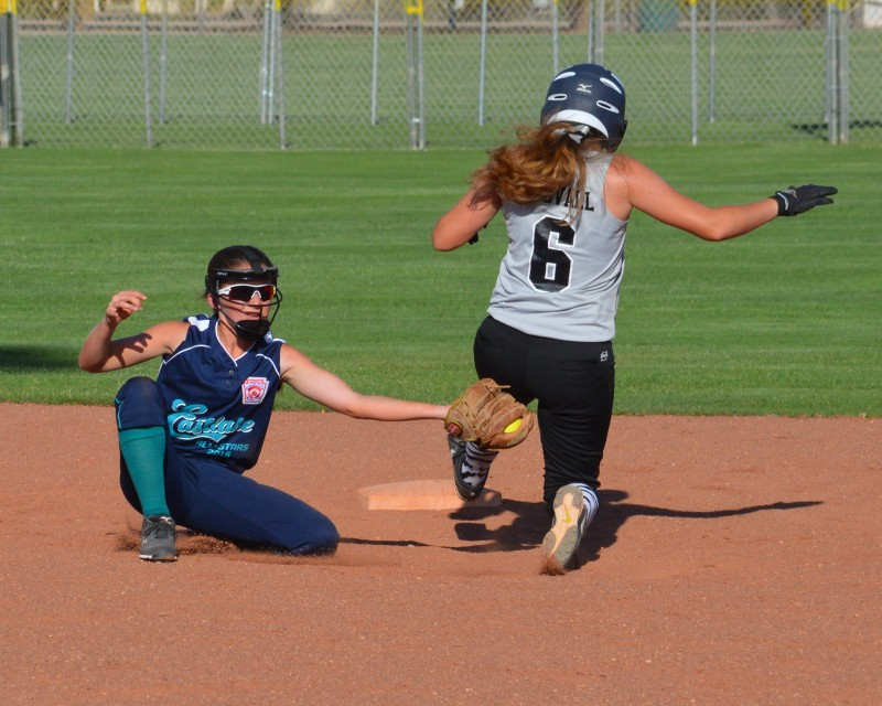 Little League Softball Juniors: Day Two at Western Regionals