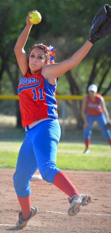 San Manuel pitcher Lyana Waddell commits to Western New Mexico