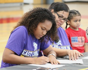Alexis Cortez signs with East Carolina, is set to break 2,000 points