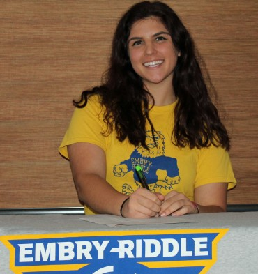 Rincon/UHS softball standout Kenzie Rod signed with Embry-Riddle