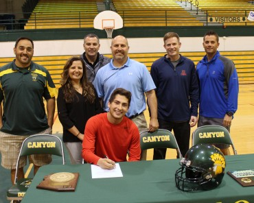 CDO quarterback Noah Soto signs with Arizona Christian