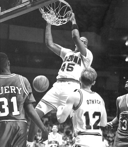 "Former Arizona Wildcats big man Sean ""Wookie"" Rooks dead at 46"