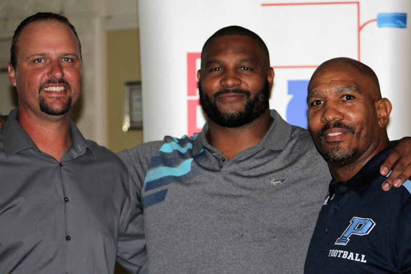 Lance Briggs gives inspirational message to kick off high school football season